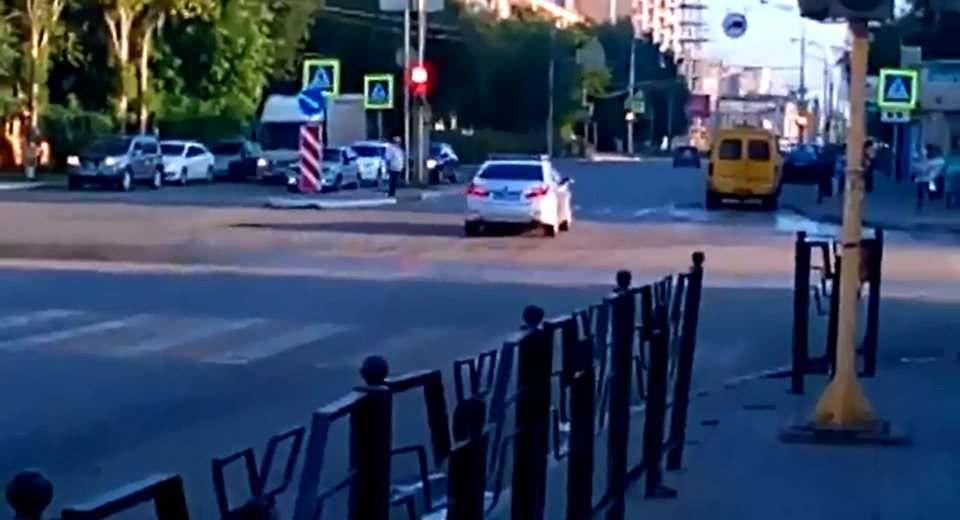 Перенастроенный светофор в Жилгородке провоцирует аварии