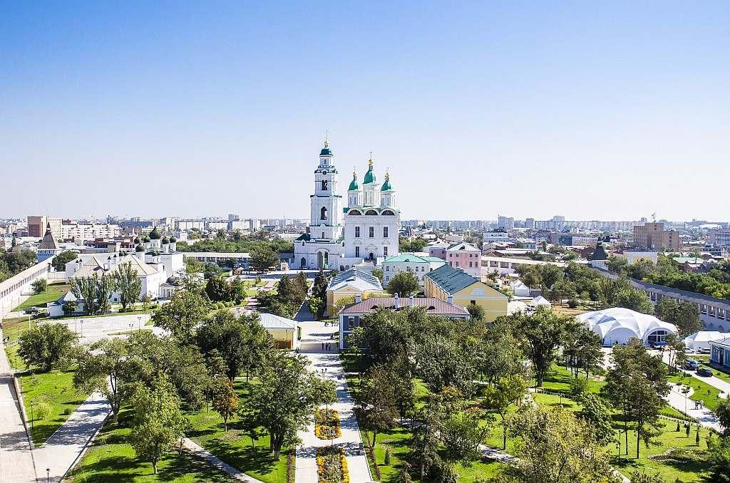 Астраханцев приглашают на очередную бесплатную экскурсию по центру