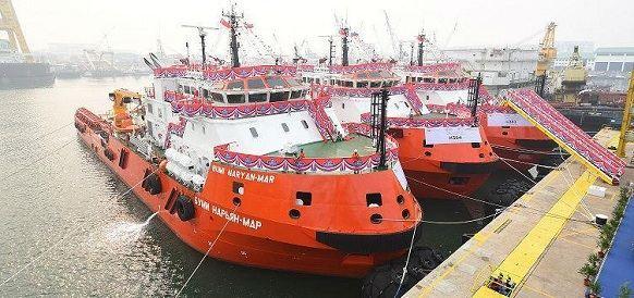 Каспийские нефтяники получили три новых судна