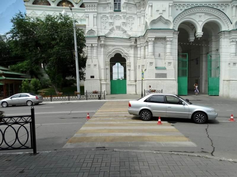 Астраханца сбили прямо у ворот кремля