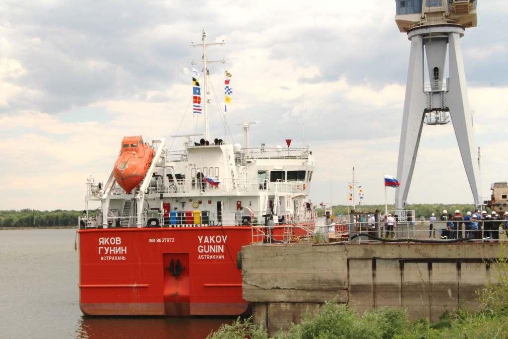 Завод «Лотос» передал заказчику второй нефтетанкер