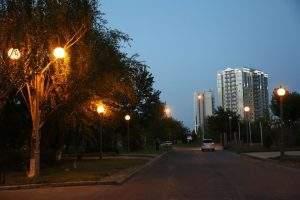 Улицы Астрахани начинают освещать с помощью светодиодов
