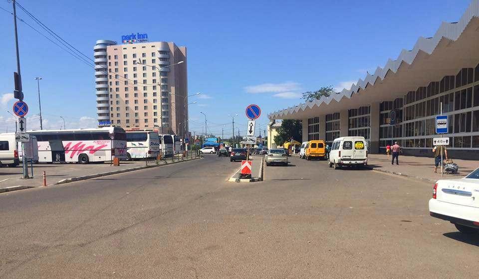 В Астрахани пытаются навести порядок у вокзала