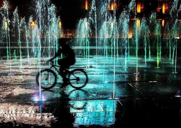 Астраханцы в соцсетях предлагают выступить за запрет велосипедов на тротуарах