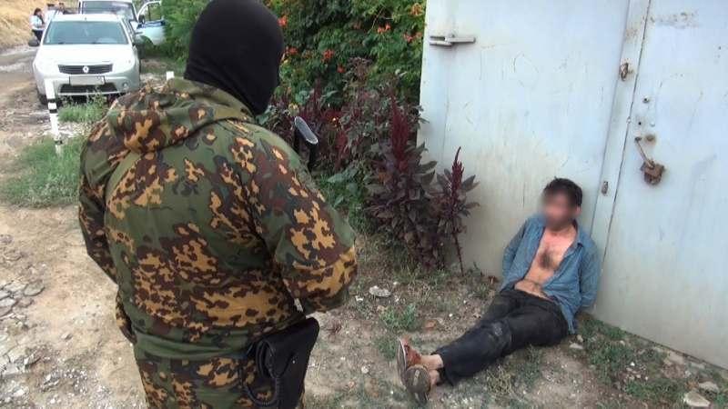В Астрахани директор автофирмы украл у женщины иномарку