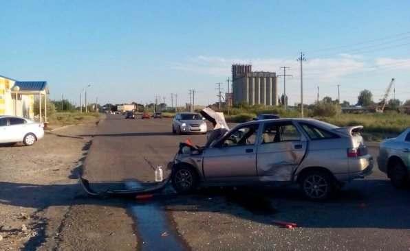 В Астрахани пьяный водитель Газели устроил серьезное ДТП