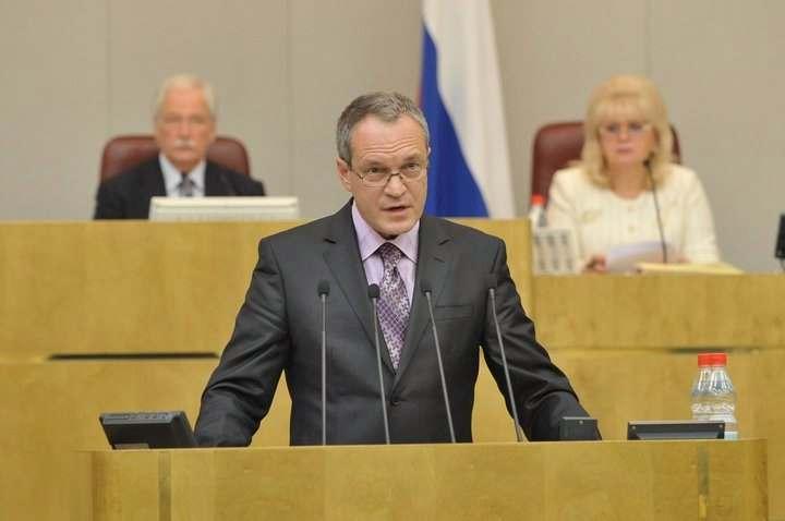 Астраханский сенатор предложил ужесточить наказание за незаконный алкоголь