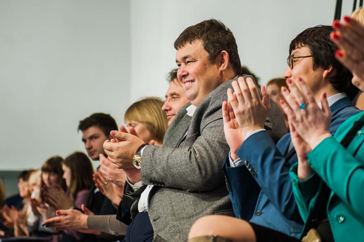 В Астраханской области насчитывается более 5 тысяч чиновников