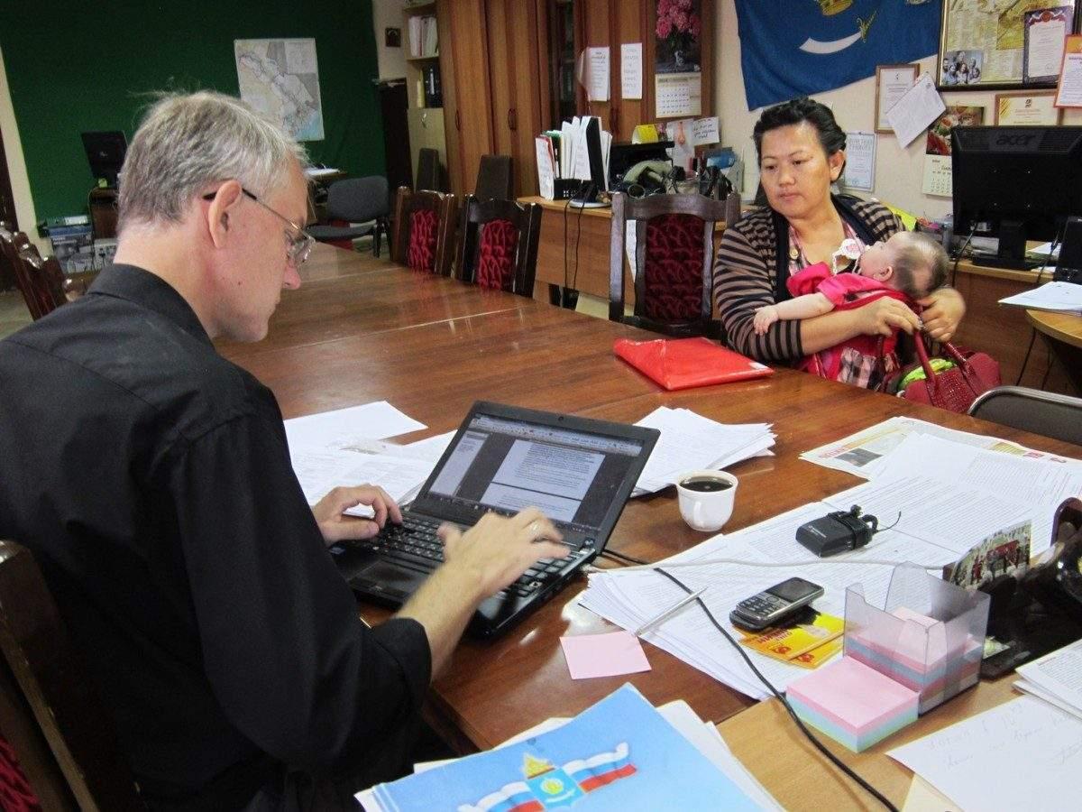 Олег Шеин: Проблемы астраханцев — под личный контроль