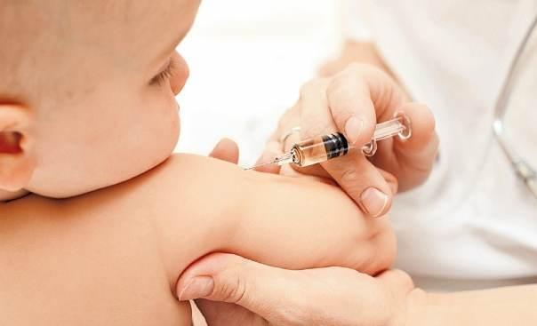 Почти 300 тысяч астраханцев будут привиты от гриппа