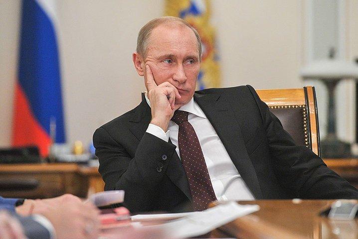 Президент посоветовал астраханскому депутату не обещать невыполнимого