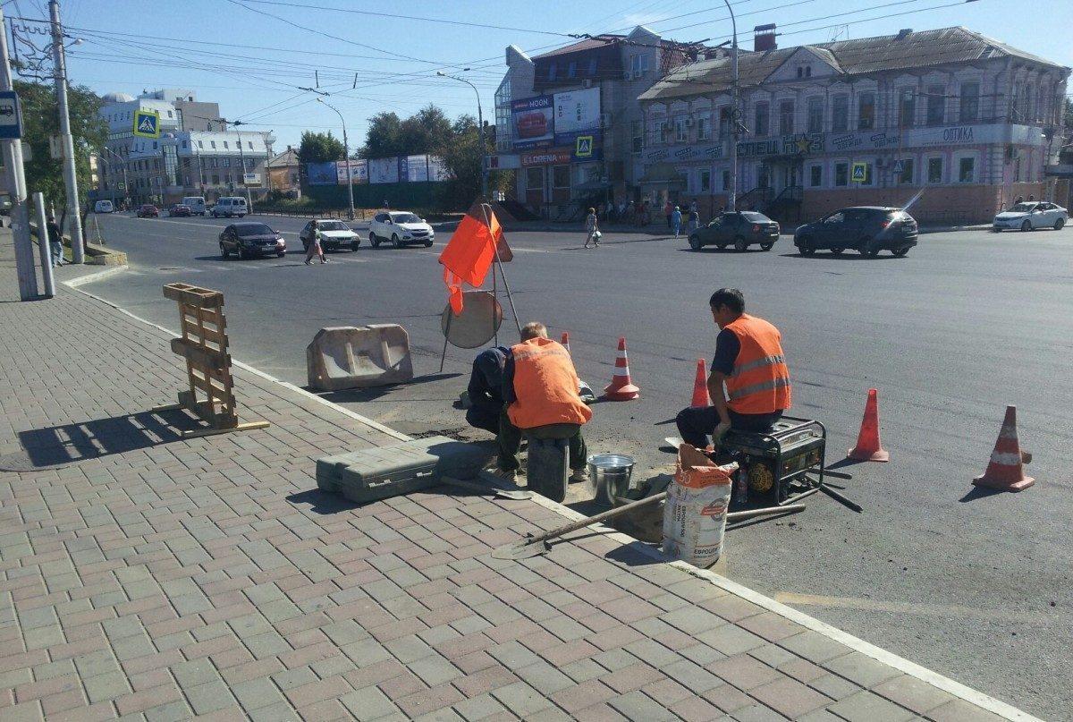В Астрахани ищут похитителей решеток ливневки