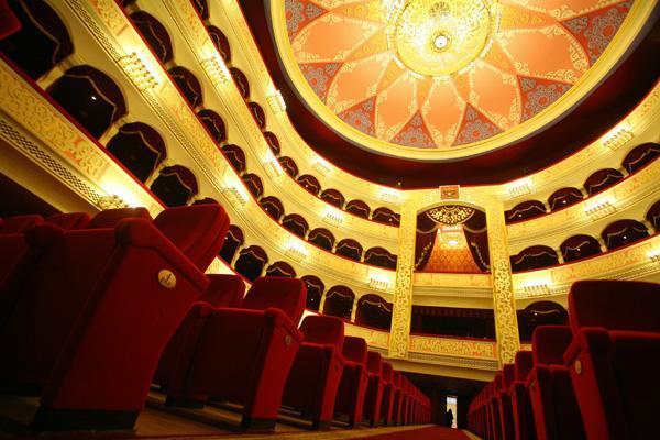 Театр изнутри, или нешуточные страсти в партере
