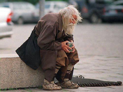 В Астрахани 82-летний попрошайка дал отпор грабителю