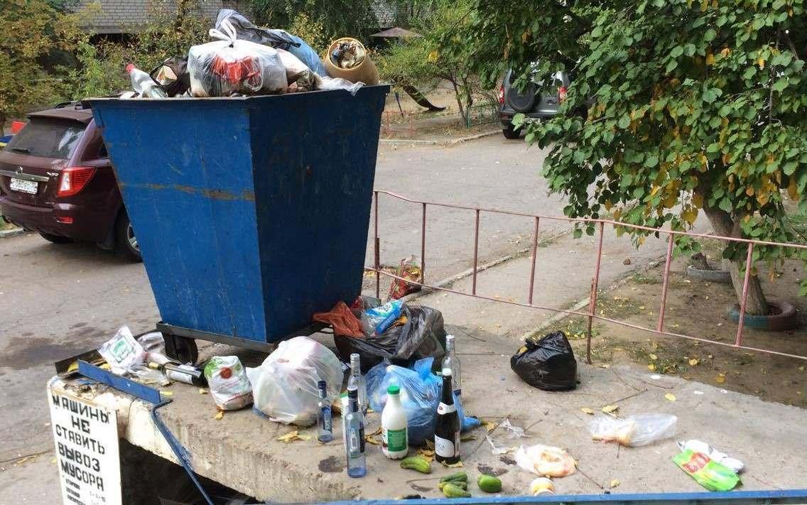 ОНФ: Ситуация с вывозом мусора в Астрахани критическая