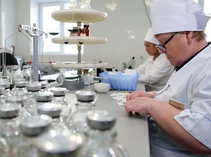 В Астрахани распродают имущество фармацевтической фабрики