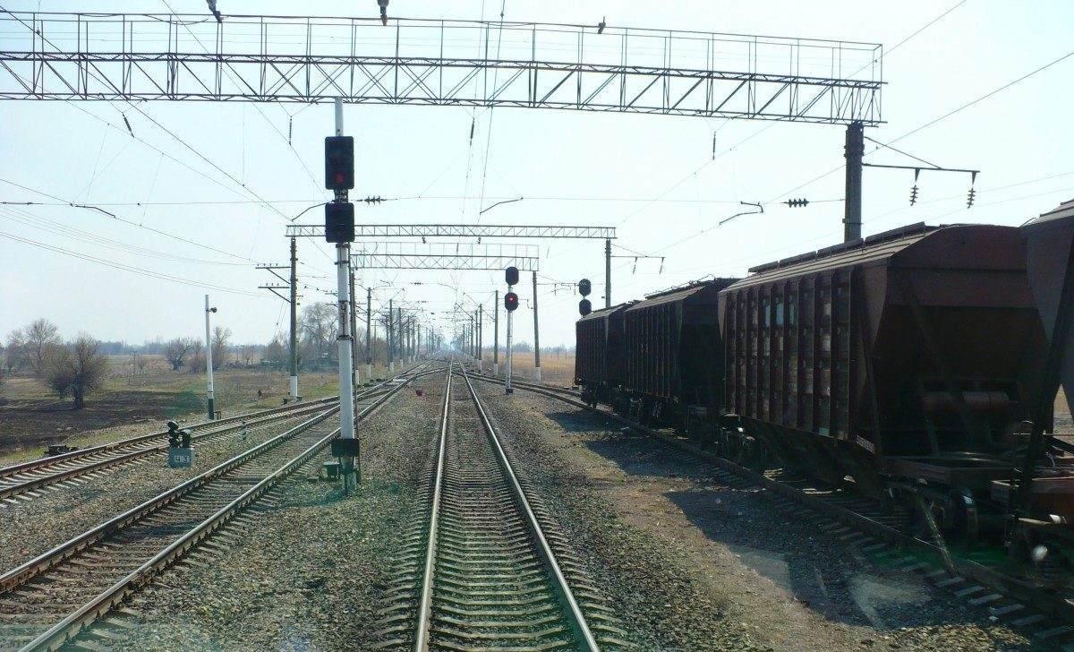 В Астраханской области железная дорога в зоне риска из-за жары
