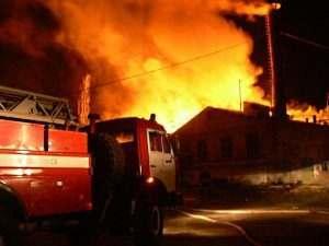 В Астрахани из-за замыкания проводки сгорел молодой мужчина