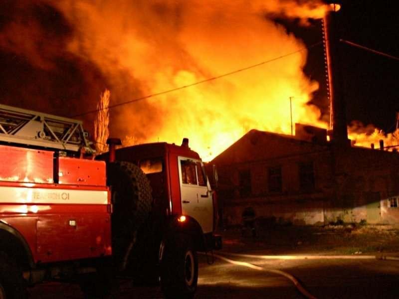На пожаре в Трусовском районе погиб мужчина