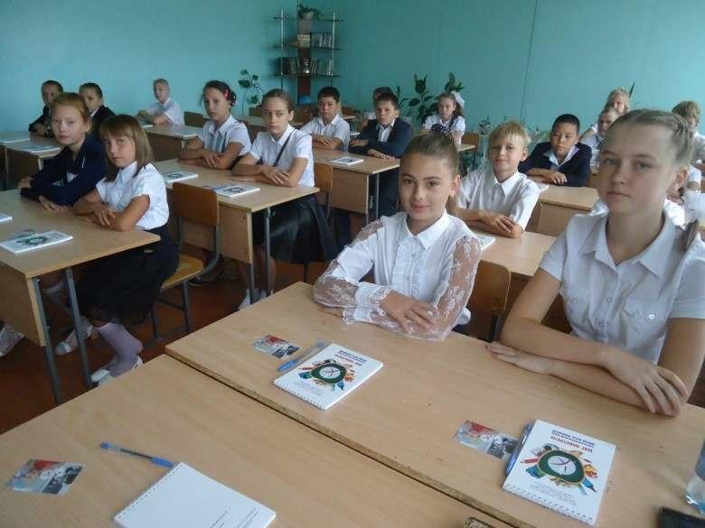 Школы Астраханской области вошли в ТОП-200 сельских школ России