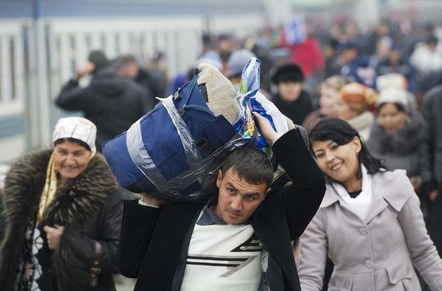 В районах Астраханской области выявлено свыше 700 незаконных мигрантов