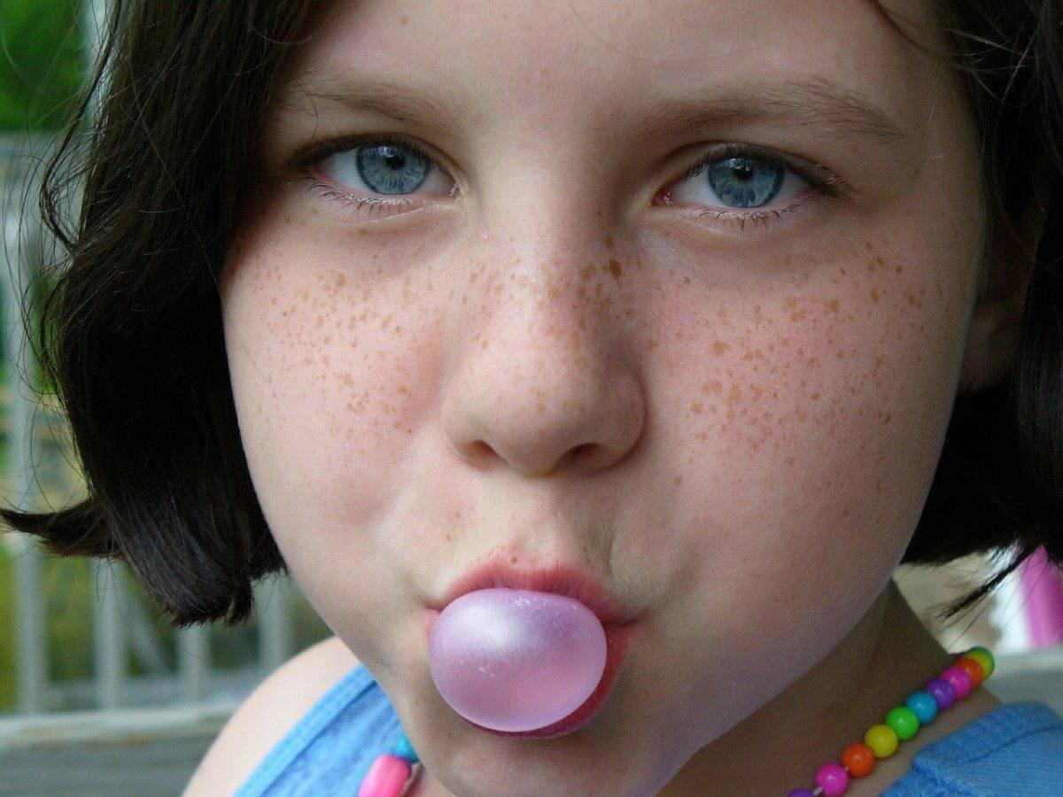Астраханским детям наркотические жвачки не раздают