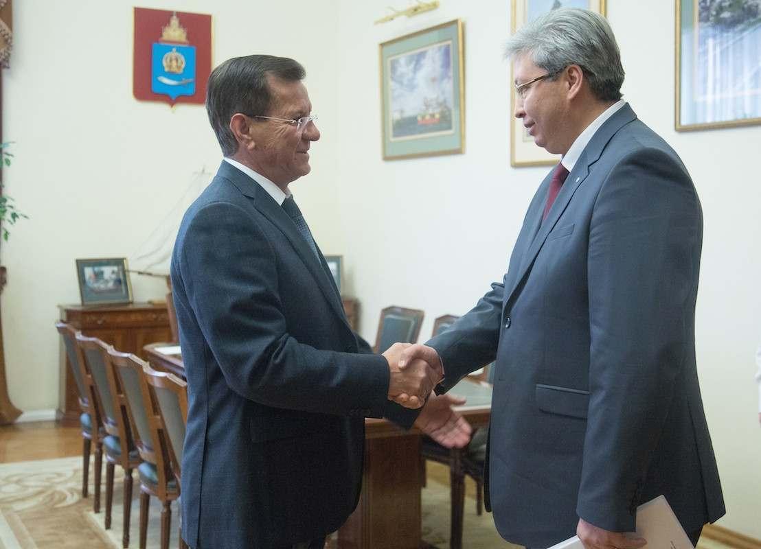Начальник Приволжской железной дороги встретился с астраханским губернатором