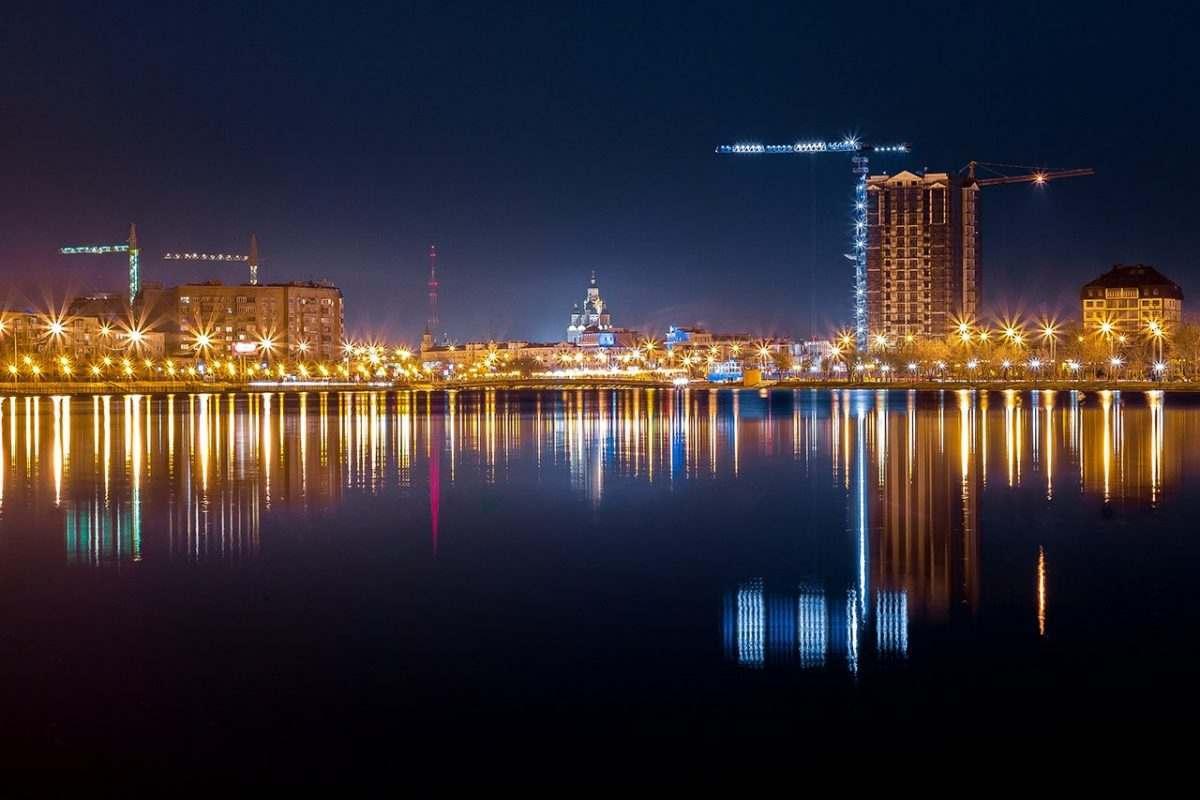 Астраханскую набережную хотят застроить высотными зданиями