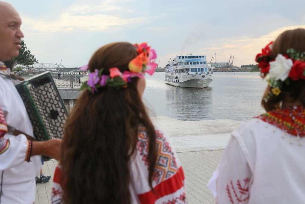 В Астрахани снова обещают развивать круизный туризм