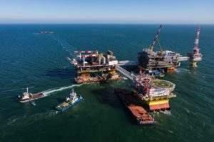«ЛУКОЙЛ» планирует добыть на месторождениях Каспия 5 млн тонн нефти