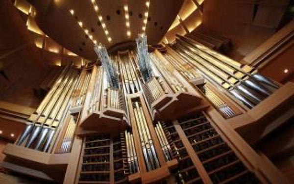 В Астрахани снова зазвучит орган