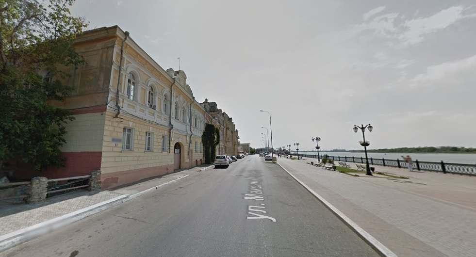 Депутат предложил закрывать улицу Горького для автомобилистов в выходные дни