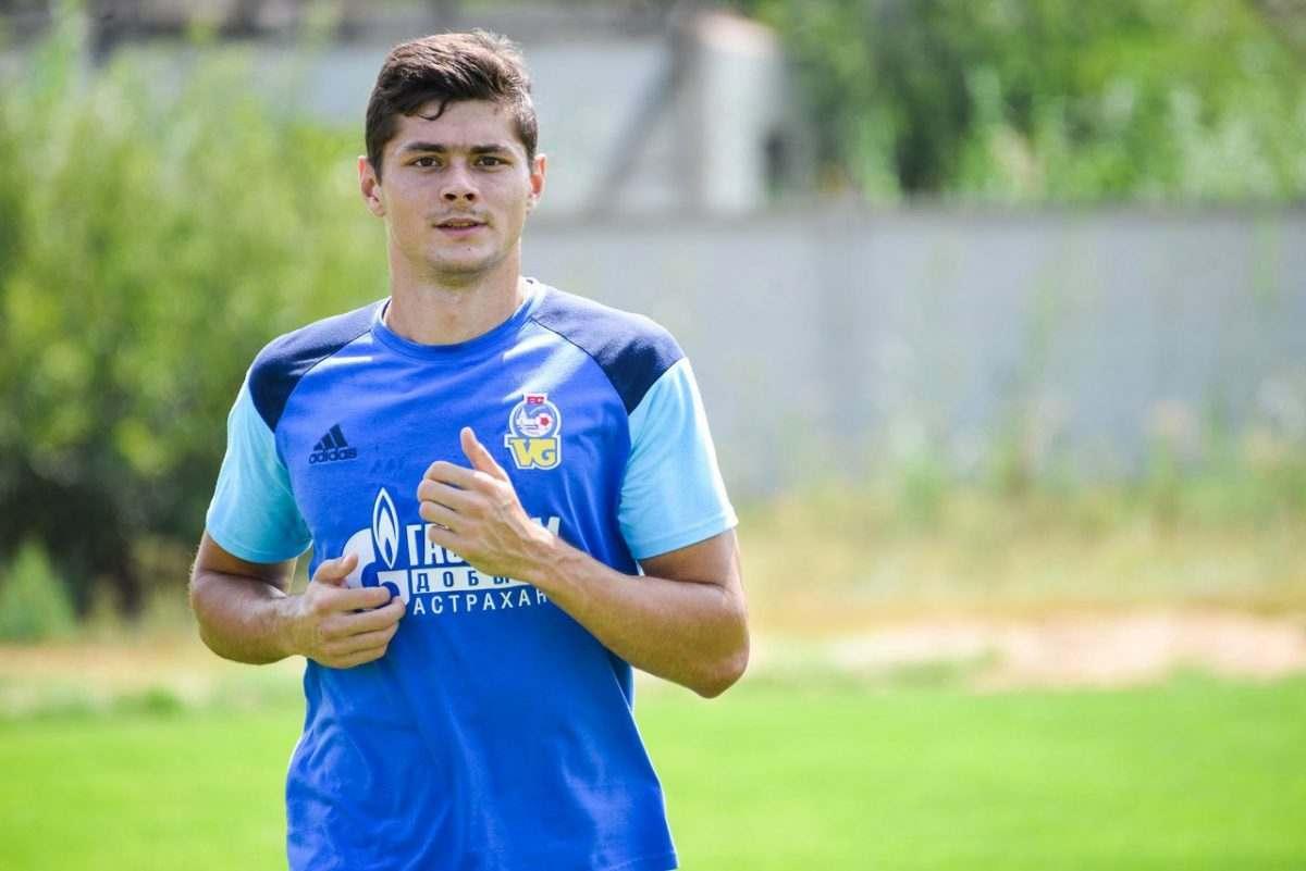 Астраханский футболист может перебраться в Премьер-лигу