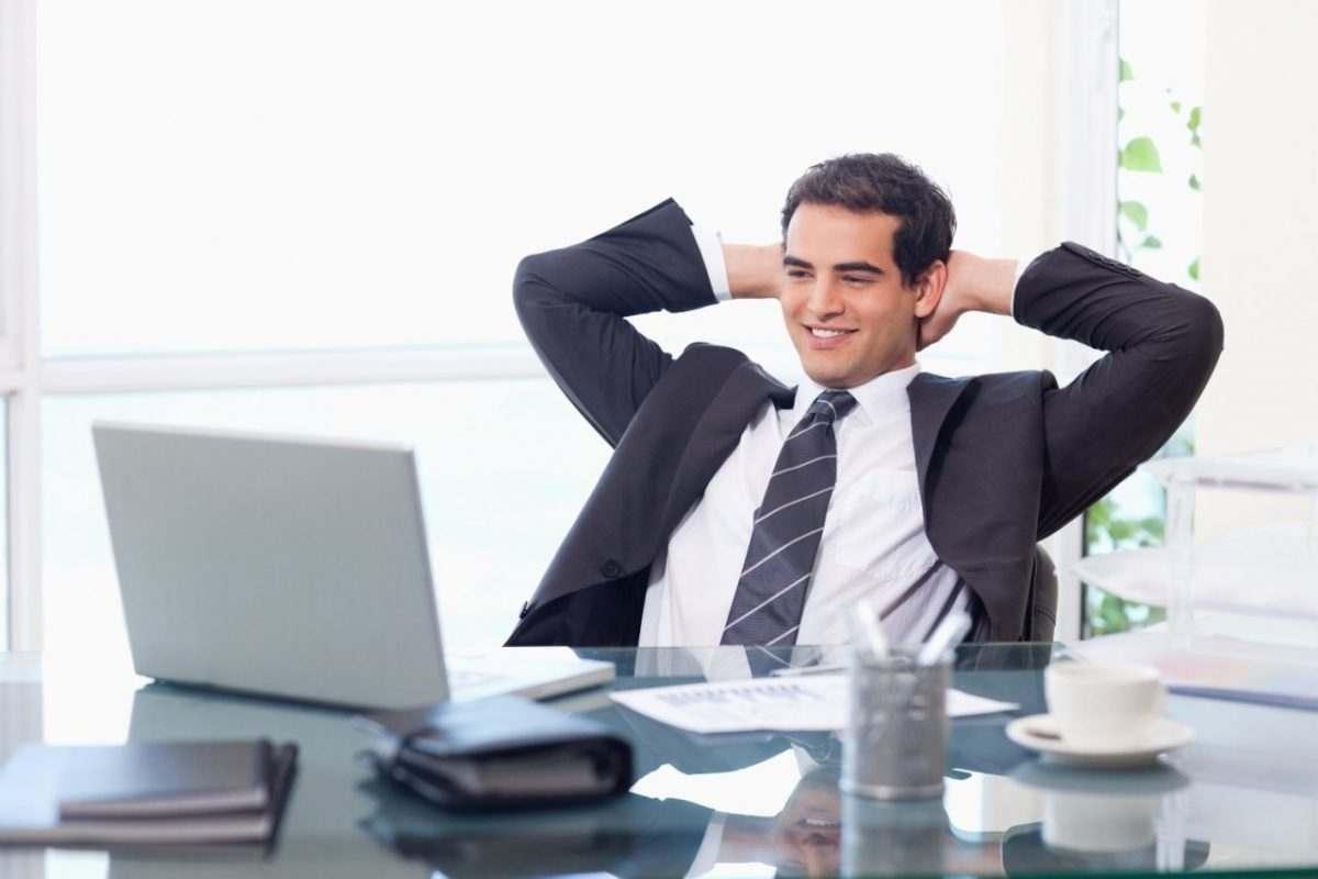 Молодые астраханцы предпочитают продавать, администрировать и консультировать