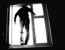 Астраханскую школьницу едва не довели до самоубийства в «группе смерти»