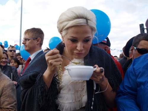 Александр Клыканов о Марии Максаковой: «Не ведает, что творит»