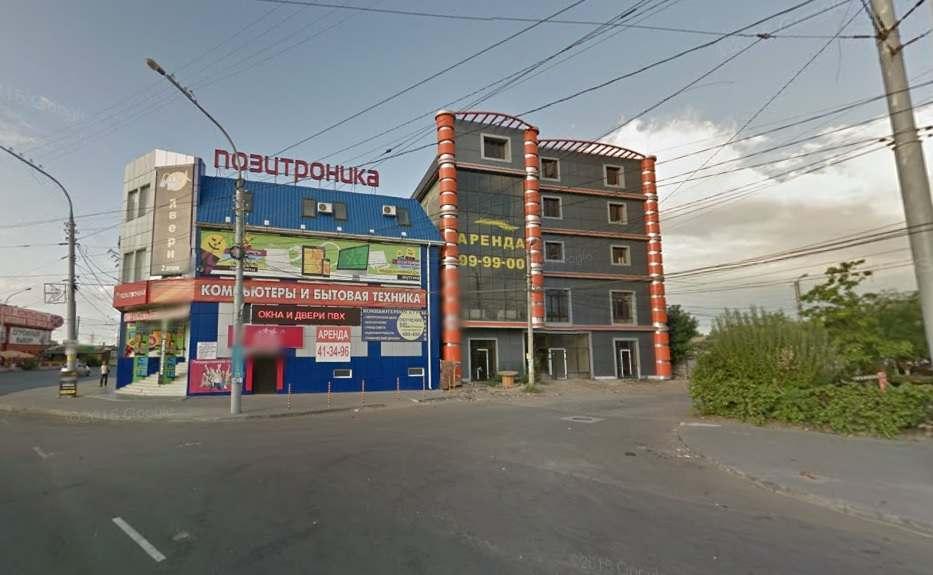Какие здания действительно не вписываются в облик Астрахани