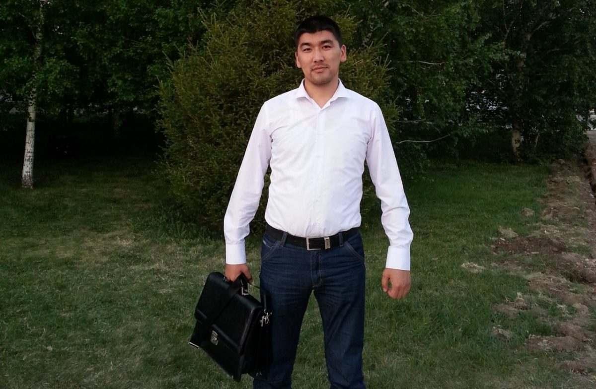 Мандат астраханскому депутату вернули решением суда