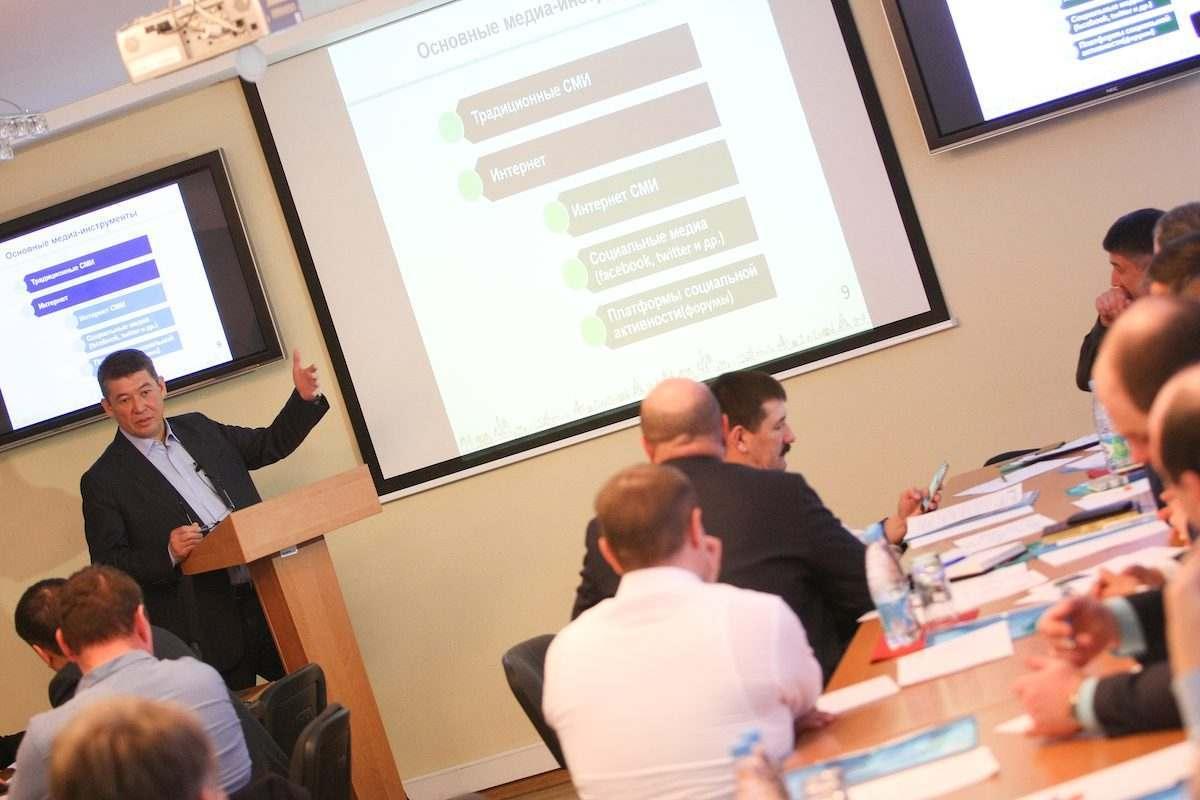 Астраханских глав районов отправили на курсы повышения квалификации