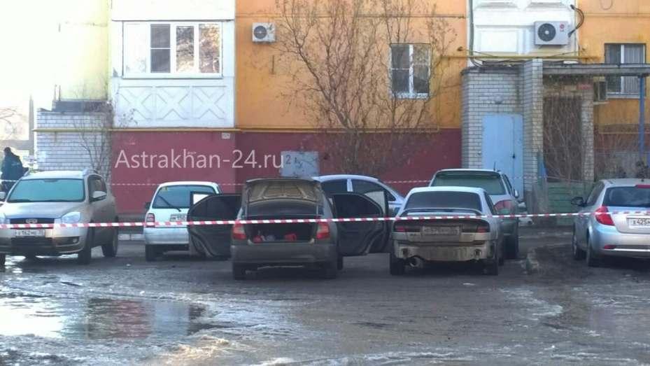 Астраханке подложили гранату в машину