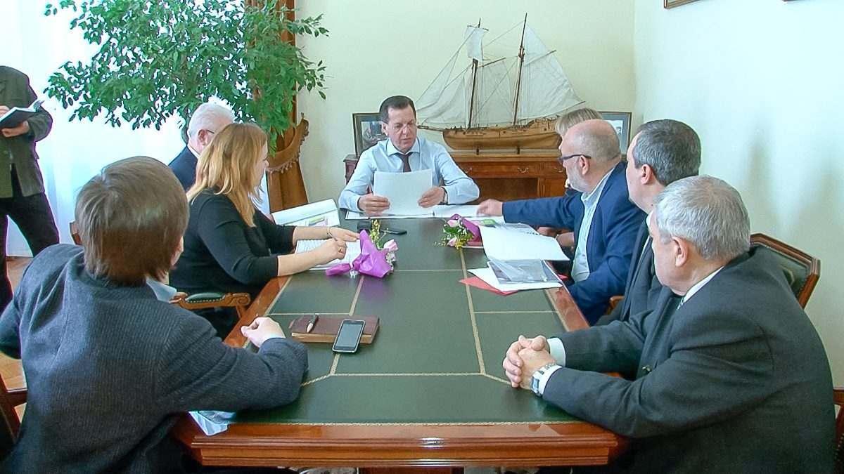 Александр Жилкин поторапливает чиновников с ремонтом «Октября»