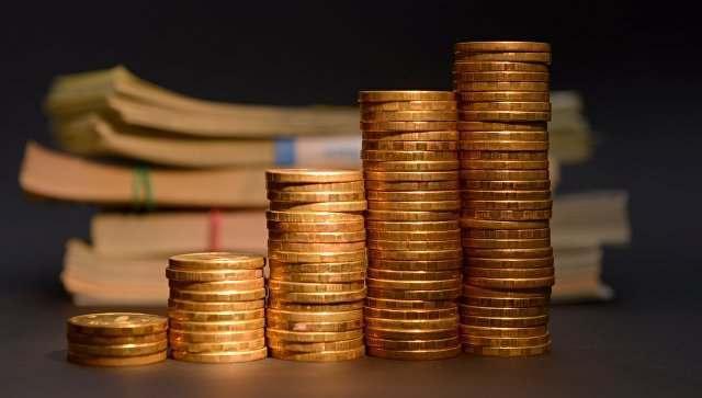 Астраханке обещали вернуть деньги, вложенные в финансовую пирамиду 90-х