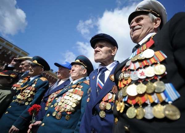 Около 500 астраханских ветеранов получат по 10 тысяч рублей ко Дню Победы