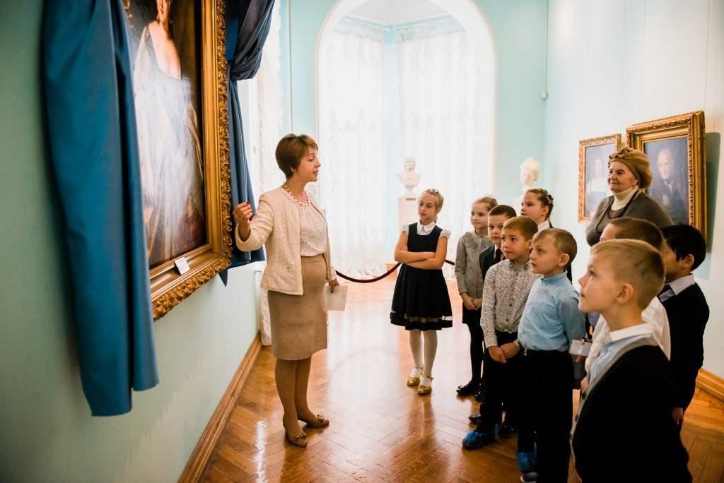 В Астрахани аккредитуют экскурсоводов