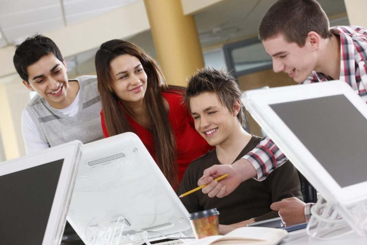 «Ростелеком» содействует информационной безопасности астраханской молодежи
