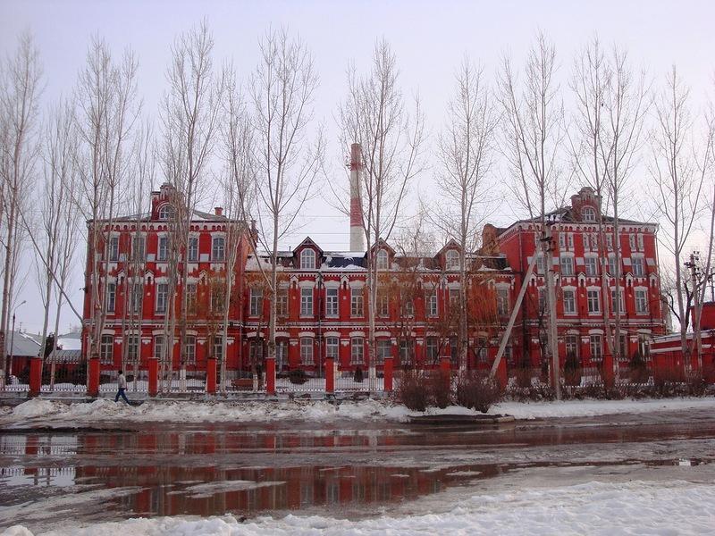 В Астрахани начали ликвидацию ликеро-водочного завода