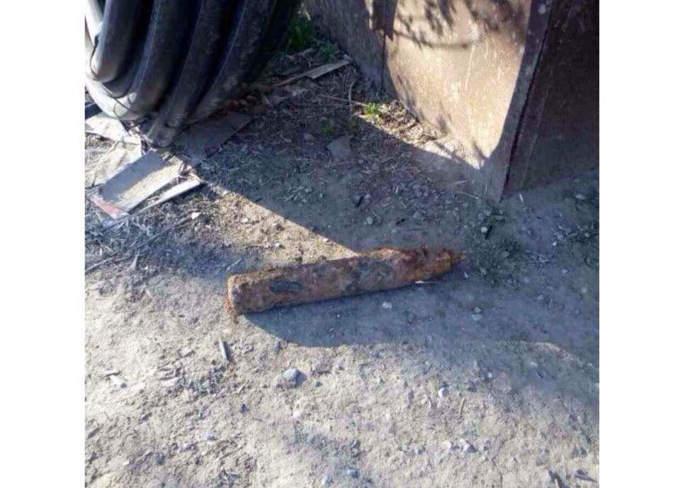 Под гаражами в центре Астрахани нашли снаряд времен Великой Отечественной