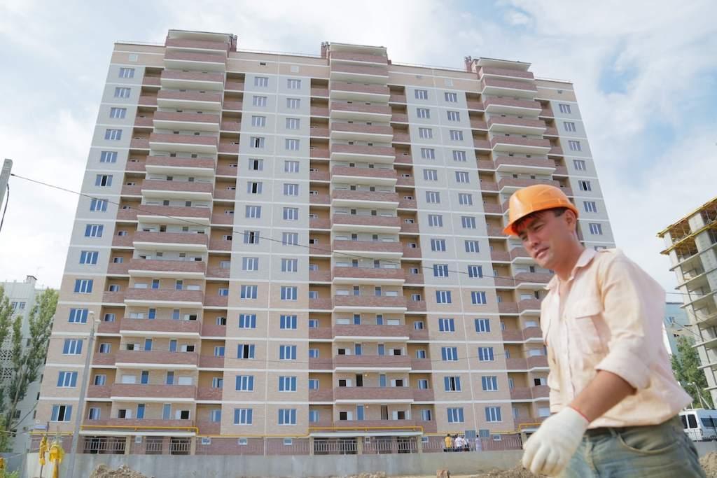 Александр Жилкин призвал астраханских строителей к гармонии