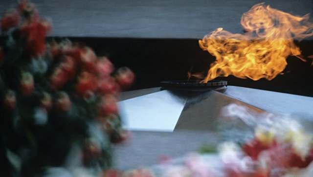 Астраханские студенты будут нести почетный караул у Вечного огня