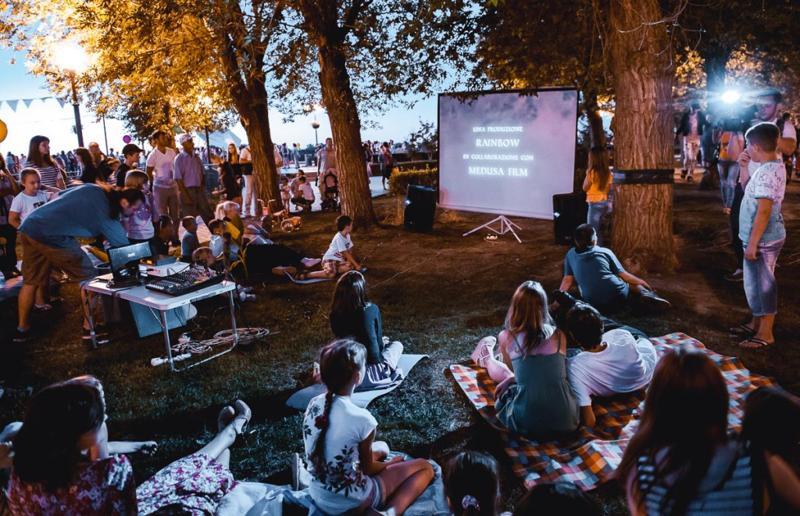 В Астрахани бесплатно покажут кино под открытым небом